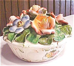 Capo di Monte Covered Bowl Roses Italy (Image1)