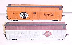 Train Cars HO Scale Santa Fe & Swift (2) Box Cars (Image1)