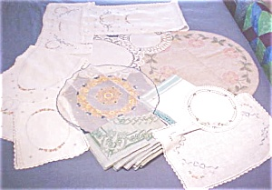 Vintage Linen Collection 18 Pc Embroidery Lace & More (Image1)