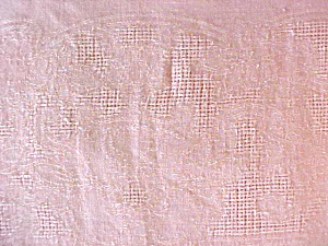 Peach Linen Tablecloth 56 x 75 Vintage (Image1)