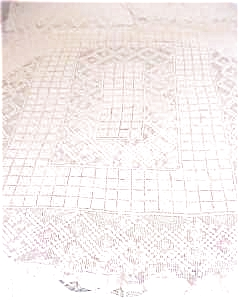 Lace Tablecloth Beautiful Pattern (Image1)