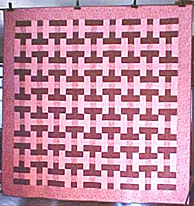 Quilt Basket Weave Pink Brown 88x89 Queen Sz (Image1)