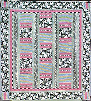 Quilt Queen Size 82 X 92 Inch Magnolias Stripes