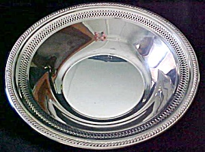 Silver Plated Fruit Bowl Ornate Cut-out Design (Image1)
