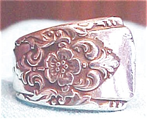 Spoon Ring Silverplated Elegant Floral Size 7 3/4 (Image1)