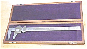 Brown & Sharpe No. 570 Vernier Caliper w/Box 12 Inch Ca (Image1)