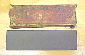 American Emery 7 inch  Sharpening Stone w/ Case (Image1)