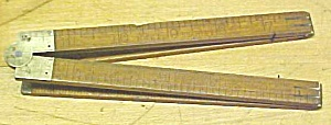 Stanley No. 61 Carpenters Rule 2 Foot 4 Fold (Image1)