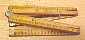 Stanley No. 69 Carpenters Rule 1 Foot 4 Fold (Image1)