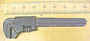Frank Mossberg 8 inch Adjustable Auto Wrench (Image1)