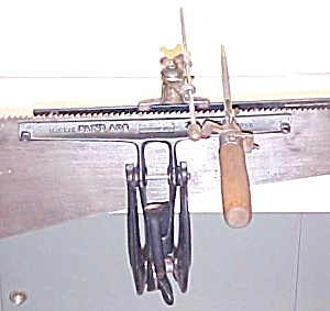 Stearns Saw Sharpening Vise & Filing Guide (Image1)