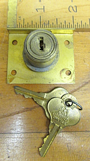 Eagle Lock Drawer Lock 7/8 Barrel