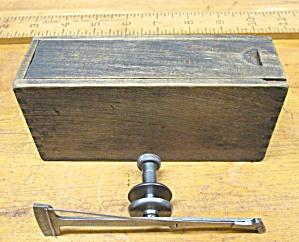 Starrett No. 64 Universal Test Indicator + Box (Image1)