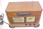 Click here to enlarge image and see more about item T23255: Philco AM Police Radio No. 41-225  Veneer Wood Cabinet