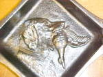 Click to view larger image of Ashtray Cast Iron Hunting Dog Bird Decoration Rare! (Image2)