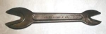 Click here to enlarge image and see more about item T3401: J. H. Williams Twin Bull Dog Alligator Wrench