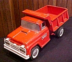 Click here to enlarge image and see more about item Toy424: Buddy L 1960's Dump Truck Hydraulic Bed Lift