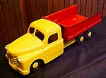 Click here to enlarge image and see more about item Toys418: Structo 1940's Dump Truck