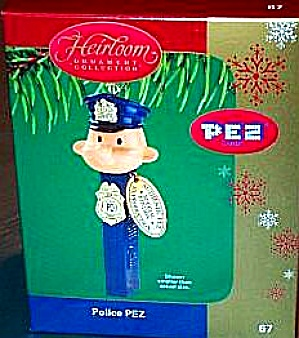 PEZ Candy POLICEMAN ORNAMENT 2004 67 CXOR-067L Authentic Special Edition Reproduction (Image1)