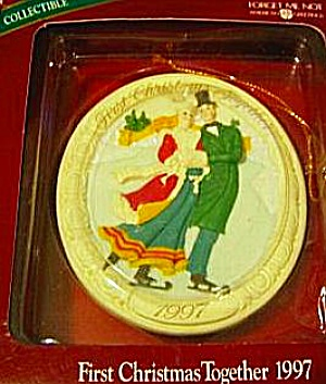 American Greetings First Christmas Together 1997 Victorian Couple Ice Skate Fxor-006w