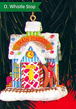 '99 CXOR-145A Whistle Stop Gingerbread man engineer sugar plum train station CXOR145A (Image1)