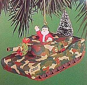 01 HOLIDAY MANEUVERS #1 OPERATION SANTA Cam TANK MMORN-1010E XMS TREE CARDINAL WREATH (Image1)