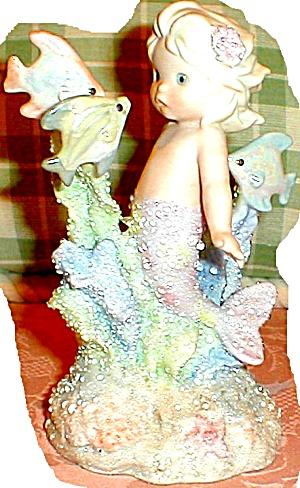 CORAL KINGDOM EVANGELISTA 137278 Mermaid Stare Startle Fish Shimmer Stone ShimmerSton (Image1)