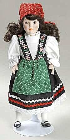 DANBURY MINT porcelain DOLLS OF THE WORLD LUISA representing ITALY COLLECTION #17 (Image1)