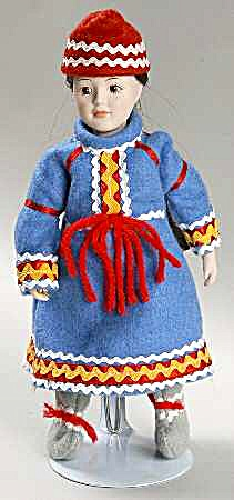 DANBURY MINT porcelain DOLLS OF THE WORLD FREYA representing NORWAY COLLECTION #16 (Image1)