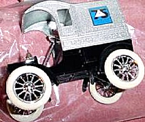 Ertl Bell Telephone Pioneers of America 75 Years Bank 1911 Ford T Delivery Car 9156UO (Image1)