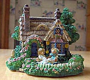 Cherished Teddies Village : A PICNIC FOR TWO Teddie P. Hillman Hamilton Mail-Order (Image1)