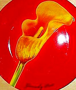 Calla Lily 8 1/2 plate Le Fleurs de Parfums Givenchy EXCLUSIVE Flower Yellow Gold Red (Image1)