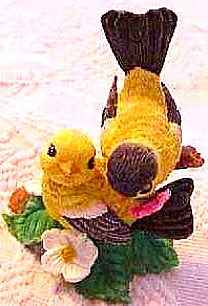 Flowered With Love Garden Romances Are Forever American Goldfinches B. Cleaver Birds (Image1)
