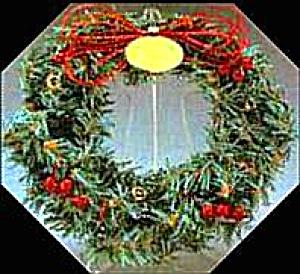 1990 MINIATURE QXR9724 HALLMARK KEEPSAKE LITTLE FROSTY FRIENDS MEMORY WREATH Stand Bx (Image1)