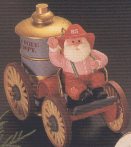 1985-QX496-5 HERE COMES SANTA #7 FIRE ENGINE (Image1)