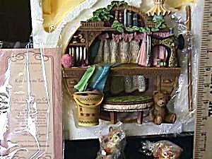 Knick Knack Kitty Cats KITTENS IN THE YARN 3-D Sculptural Plaque 1996 Kitten L.Yencho (Image1)