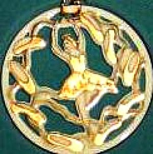 TWELVE 12 DAYS OF CHRISTMAS LENOX 9 NINE LADIES DANCING Round Flat Ivory Gold 1995 Ch (Image1)