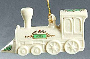 1988 Yuletide Express Train Engine Locomotive Annual 3d 3-d Porcelain White/gold