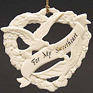 For My Sweetheart Lenox Ivory Porcelain Christmas Ornament Cherished Ones 1997 Green