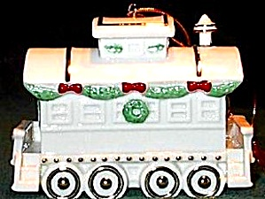 1990 YULETIDE EXPRESS TRAIN ANNUAL CABOOSE ANNUAL DATED 3-D PORCELAIN WHITE/GOLD (Image1)