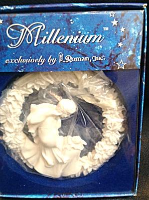 Mary & Jesus Millenium Ornament Roman Inc Gifts #43730 Sr Mary Jean Dorcy Round White (Image1)