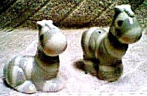 PRECIOUS MOMENTS NOAH'S ARK ZEBRAS S & P '96 Salt & Pepper Series Hamilton Collection (Image1)