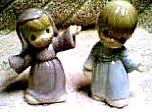PRECIOUS MOMENTS NOAHS ARK MR & MRS NOAH  S & P '96 Salt & Pepper Hamilton Collection (Image1)