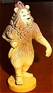 COWARDLY LION Wizard Oz Hamilton Presents Pvc Figure Figurines Ornaments MGM Loews 88 (Image1)