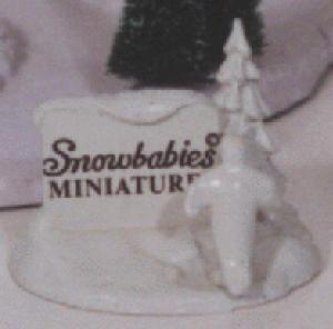 Miniature Pewter Sign #76201 Snowbabies D56 Dept.56 penguin tree Kristi Jensen Pierro (Image1)
