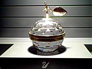 Large Gold Apple Photo Holder (Image1)