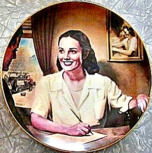 Service Representative V.Vuchinich Telephone Pioneers Customer 1947 Telecommunication (Image1)