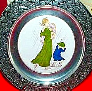Wilton Armetale Collector Plate Months of Year April Kate Greenaway Mother 2 girls 73 (Image1)