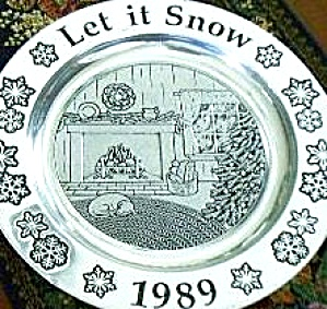 Wilton Armetale Annual Christmas Holiday Plate 1989 Let it Snow Pewter Song Series 89 (Image1)