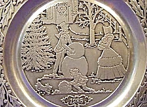 1986 '86 WILTON #9 CURRIER & IVES Pewter Dated Victorian Family CHRISTMAS Snowman MIB (Image1)